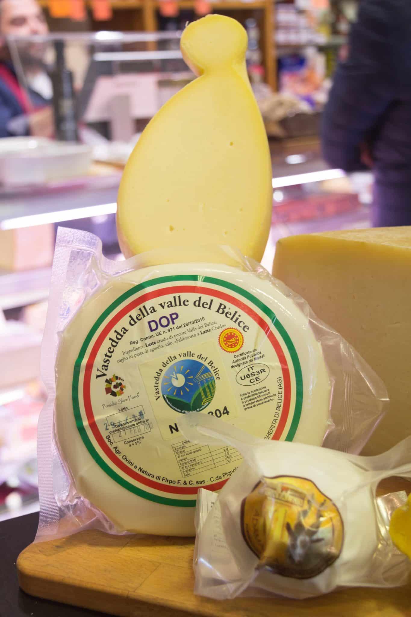 eccellenze enogastronomiche italiane: vastedda della valle del belice, formaggi di capra girgentana e provola dei nebrodi